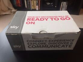 Sky Hub Wireless Black Router (Sr-102). Brand new in box