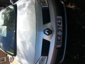 renault megane 2.0l automatic 05 with private plate