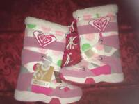 Girls Roxy snow boots