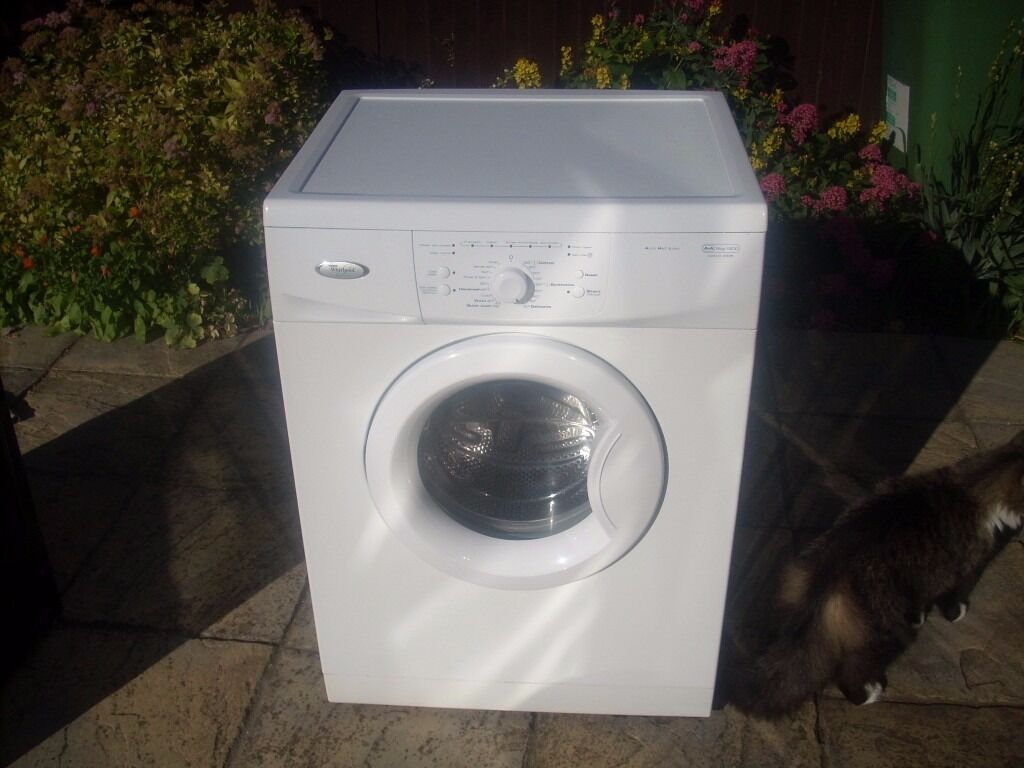 WHIRLPOOL WASHING MACHINEin Immingham, LincolnshireGumtree - HOUSE MOVE AND SURPLUS TO NEEDS SELLING A RELIABLE WHIRLPOOL WASHING MACHINE IN NICE CLEAN CONDITION AND GOOD WORKING ORDER. 5kg 1200 SPIN WITH INSTRUCTIONS