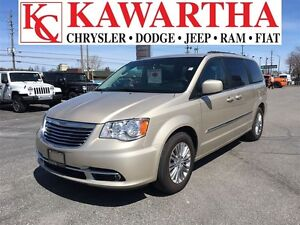 2016 Chrysler Town & Country Touring L *BLUETOOTH*WHAT A DEAL!!!