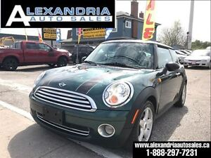 2007 MINI Cooper leather panoramic roof safety included