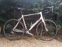 Giant Defy Road Bike Large 55cm Carbon Forks 16 Speed Shimano - Serviced