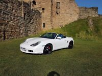 PEARLESCENT WHITE PORSCHE BOXSTER 3.2S 2003 (IDEAL FOR SUMMER)