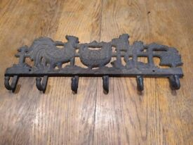 Cast iron/metal chicken/rooster coat/towel hook with 6 hooks and fixing holes