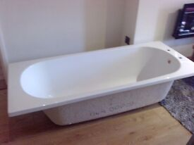 white bath, brand new - acrylic modern style