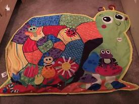 Baby toy bundle and play mat