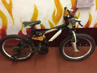 Carrera detonate boys bike