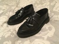 Dr Martens Loafer size 8 good condition