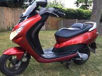 PEUGEOT ELYSTAR 125cc moped / scooter