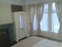 Furnished double room with ALL BILLS INCLUDED & OFF STREET PARKING - Western elms avenue