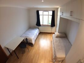 Nice twin or double bedroom in Kensal Rise