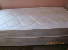 SINGLE BED; 2 FT 6 IN SINGLE BED HARDLY USED