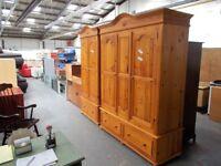 Triple Solid Pine Wardrobe Robe…31972B
