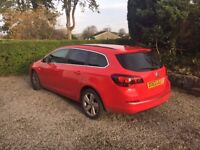 Astra Estate, Great condition, 2013 petrol 1.6 smart red, full service history, MOT, near Carnforth