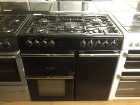 Black 5 burners gas cooker
