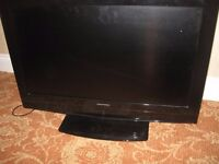 """Grundig TV complete with DVD player 40"""" good working order"""