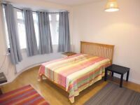 Large double bedroom in Streatham Hill - Leigham Court Road