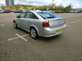 Vauxhall vectra Elite 2.2 AUTO