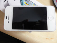 iPhone 4S 16Gb in White, Excellent Condition always in case and has screen protected, Unlocked