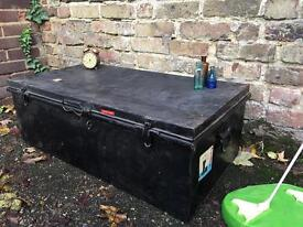 VINTAGE METAL TRUNK CHEST FREE DELIVERY STORAGE BOX COFFEE TABLE