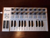 Arturia Minilab Mk1 - Great Entry Level Midi Keyboard Controller