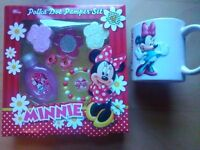 Girls bath set, pamper gift, b'day present Disney MINNIE MOUSE Cup braclet hair clips bubble baths