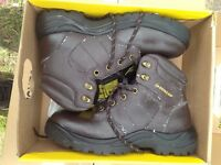 **BRAND NEW** Dunlop Safety Boots Size 8