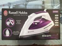 Russell Hobbs Steamglide Iron 2400w