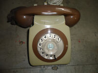 VINTAGE RETRO GPO TELEPHONE ROTARY DIAL/ CONVERTED/LOVELY CONDITION (REDUCED TO £35 FOR QUICK SALE)