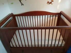 Mothercare Bloomsbury Nursery Furniture In Walnut