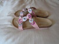 New Size 6 Jones leather sandals