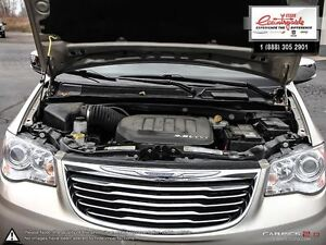 2012 Chrysler Town & Country Limited *NAVIGATION* Windsor Region Ontario image 8