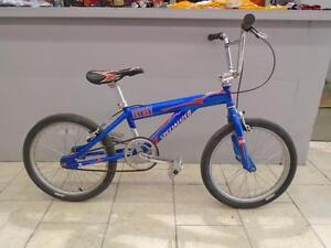 Vélo BMX Specialized