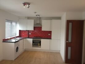 Spacious 1 Bedroom Flat To Let - Immediately Available - Opposite Brookwood BR Station