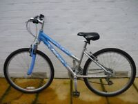 Girls bike for sale (Small)