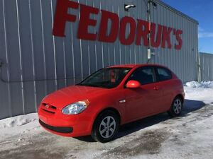 2009 Hyundai Accent Auto L Package ***Professionally Serviced an