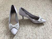 Lilac bow kitten heels - size 6