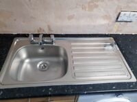 KITCHEN SINK 1 BOWL & DRAINER WITH TAP
