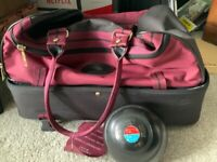 Green bowls size 4 with max pro bag.