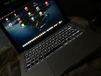 MacBook Pro 13 inch 2.9 ghz i7 500gb SSD 8gb ram