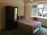 HUGE COZY DOUBLE ROOM TO LET IN ACTON IN A LOVELY HOUSE --- AVAILABLE NOW !!! ALL BILLS INCLUDED !!!