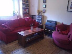 Lovely furnished one-bedroom 2nd floor tenement flat in sunny Leith - 6 month rent from Jan 9th 2017