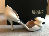 Thora Wide-Width Evening Shoes by Badgley Mischka Size Euro39