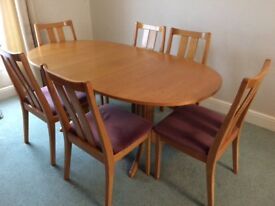 Nathan 2615 Oval extending table and 6 dining chairs