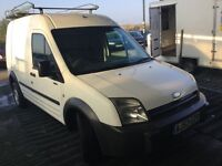 53 reg ford transit connect long wheelbase hightop in nice condition large roof rack drives spot on
