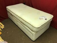 SINGLE DIVAN BED WITH 2 DRAWS AND MEMORY FOAM MATTRESS,CAN DELIVER