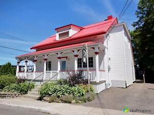 249 000$ - Maison 2 étages à vendre à Jonquière Saguenay Saguenay-Lac-Saint-Jean image 1
