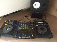 Pioneer CDJ 900 (pair) + DJM 800