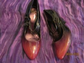 two tone purple patent high heel shoes size 8 worn a few times